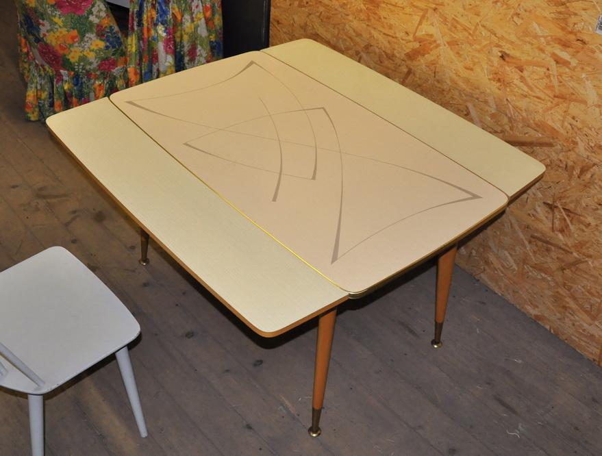 Ikea Schuhregal Mit Spiegel ~ Er jahre esstisch dining table mit grafischer resopal platte! nrnberg